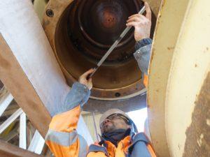 Inspection : contrôle métrologique d'un broyeur HP400