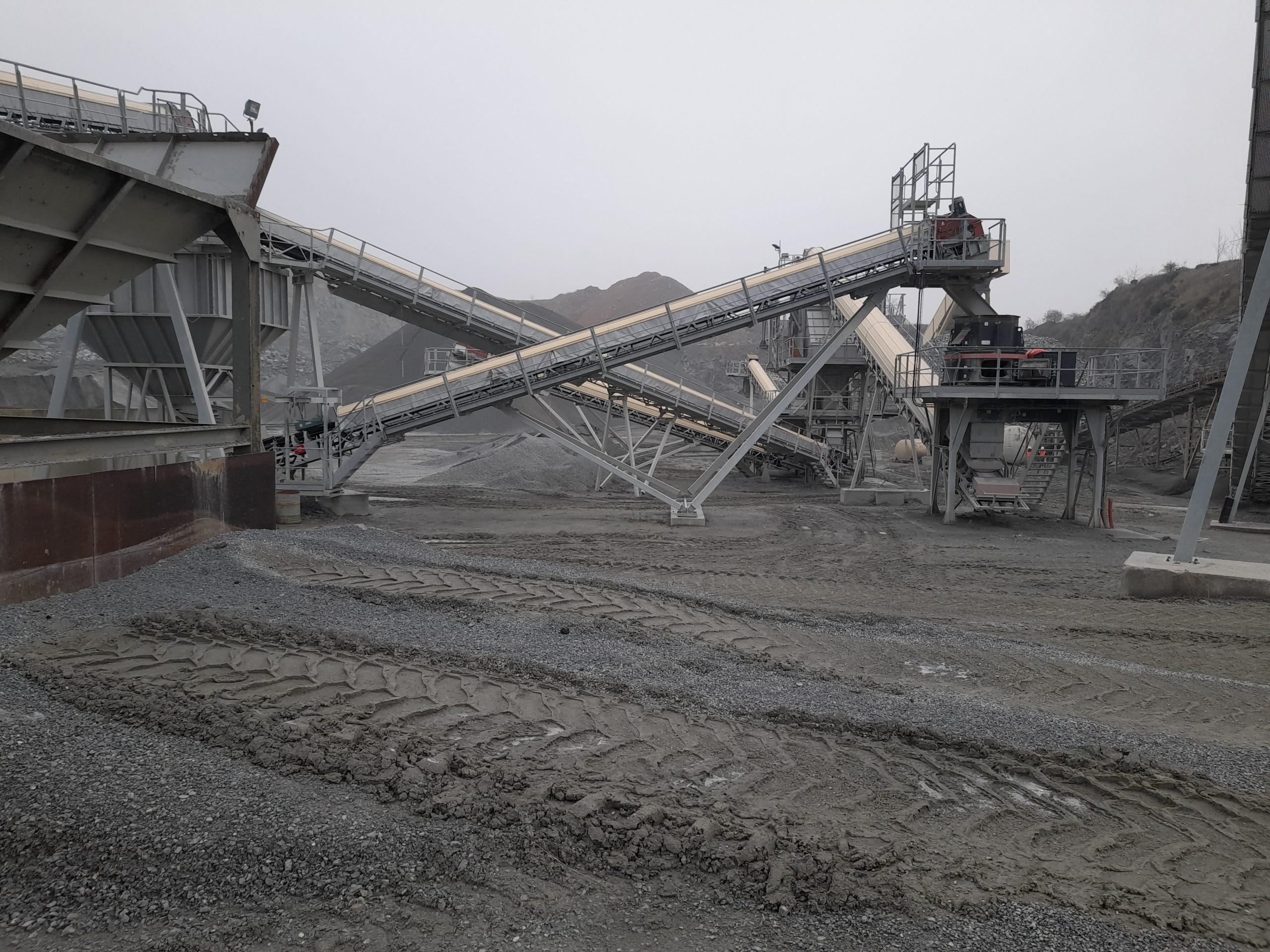 installation fixe broyage et concassage production de granulats